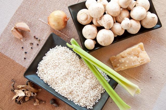 糖質の含有量が多い食品、少ない食品