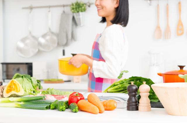 美肌に効果的な組み合わせで料理をする