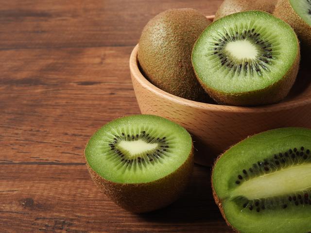 ビタミンCたっぷり!キウイの栄養素について|管理栄養士執筆