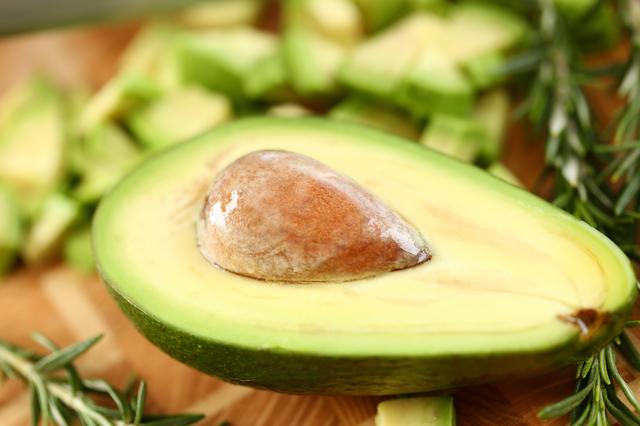 栄養豊富なアボカド!どんな栄養素がある?|管理栄養士執筆