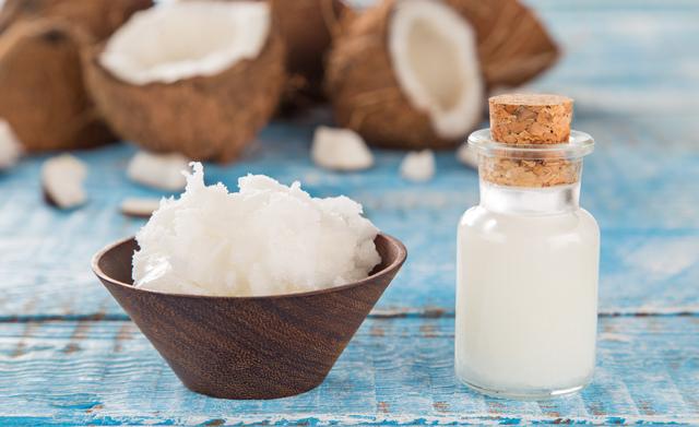ココナッツオイルでやせられる?それとも不健康?|管理栄養士執筆