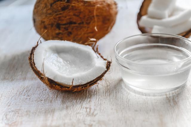 ココナッツ由来のMCTオイル